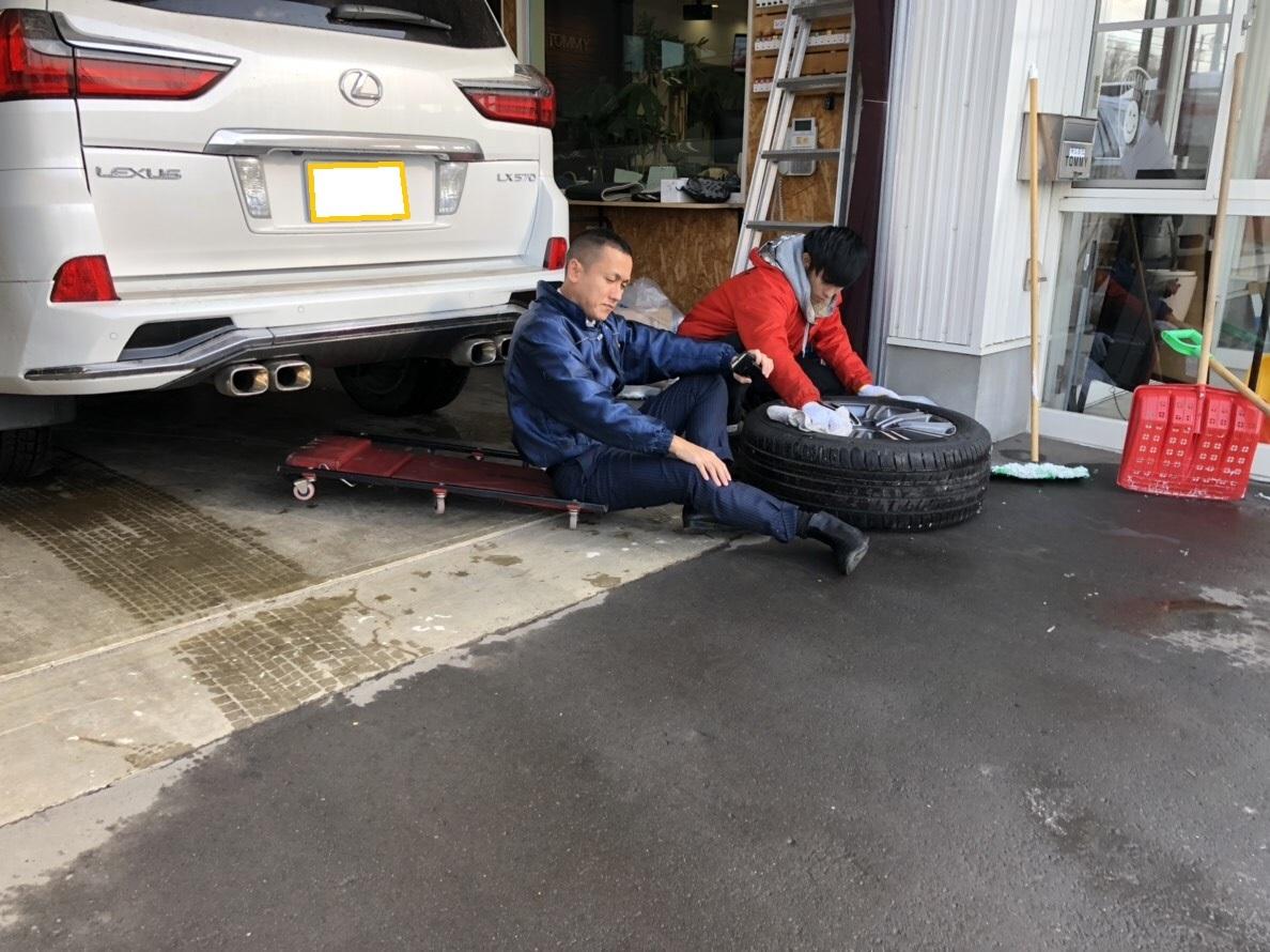 11月30日[金] 本店ブログ♪ランクル200レンタカーもありますよ~♪ ランクル ハマーアルファード_b0127002_20315691.jpg