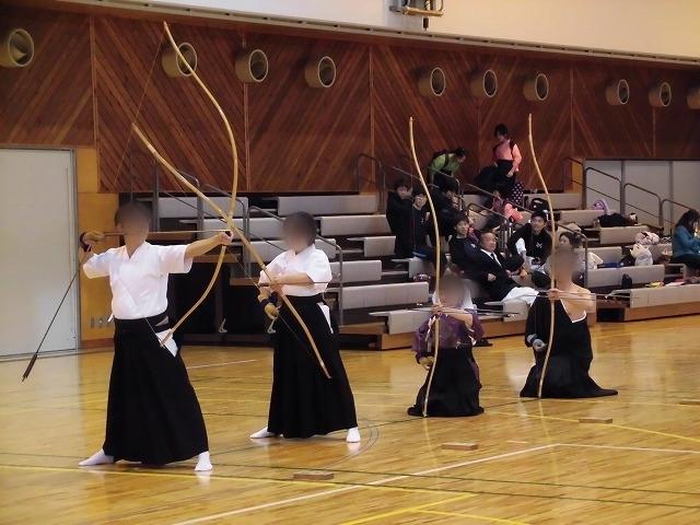 まさに集中力が「ハンパない」 「第8回 富士山武道演武会」_f0141310_07304004.jpg
