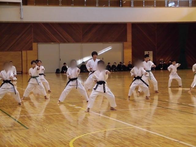まさに集中力が「ハンパない」 「第8回 富士山武道演武会」_f0141310_07304642.jpg