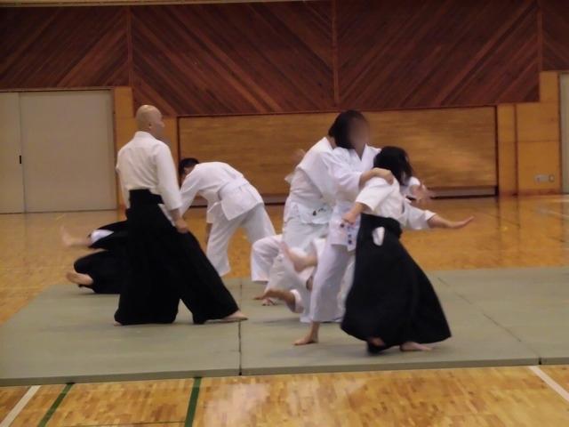 まさに集中力が「ハンパない」 「第8回 富士山武道演武会」_f0141310_07305743.jpg