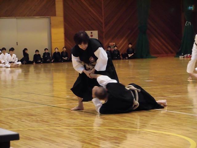 まさに集中力が「ハンパない」 「第8回 富士山武道演武会」_f0141310_07310252.jpg