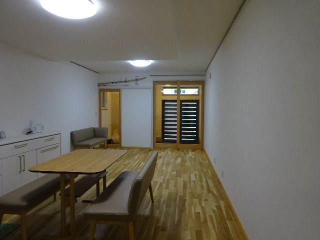 本町通り 住宅建替え工事 完成しました!_f0105112_04383981.jpg