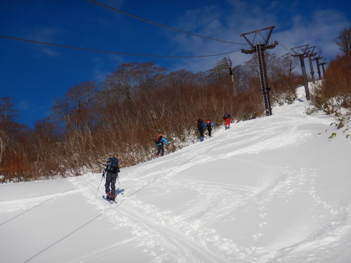 月山・志津~姥ヶ岳(シーズン初滑り) ~ 2018年11月25日_f0170180_21303199.jpg