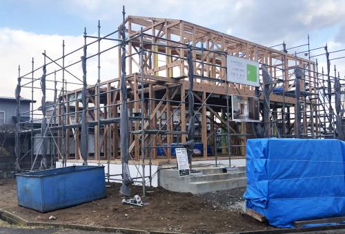 Q1住宅松長布:建て方が始まる_e0054299_09575608.jpg