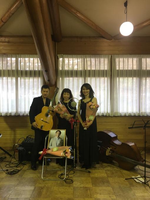 本日大阪谷町5丁目のグラバー邸でカフェマヌーシュ☕️のリーダー川瀬眞司さんの追悼ライブです(o^^o)_c0091117_01304234.jpg