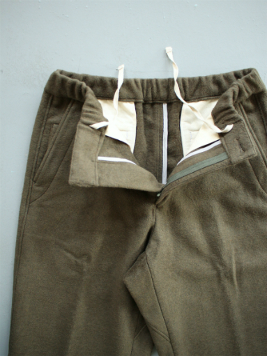 BRENA COQ PANTS - WASHABLE COTTON MELTON / OLIVE _b0139281_140868.jpg