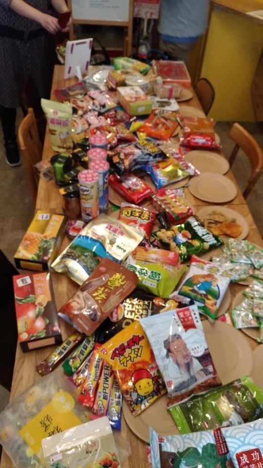 台湾のお菓子とか食べ大会2018_e0022403_12263074.jpg