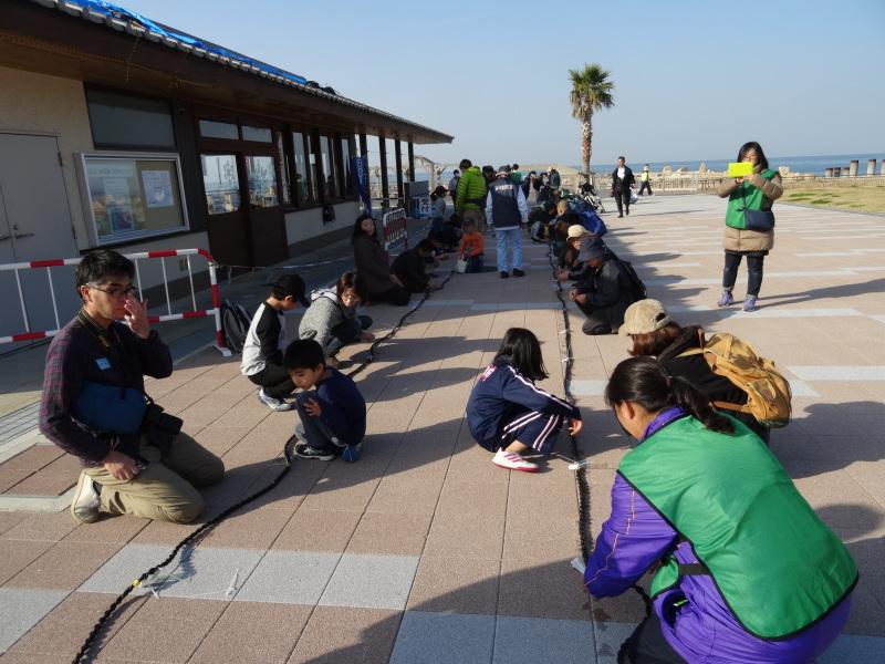 『みんなでワカメを育てよう!種付けまつり』・・・せんなん里海公園 「楽習館」_c0108460_21431024.jpg