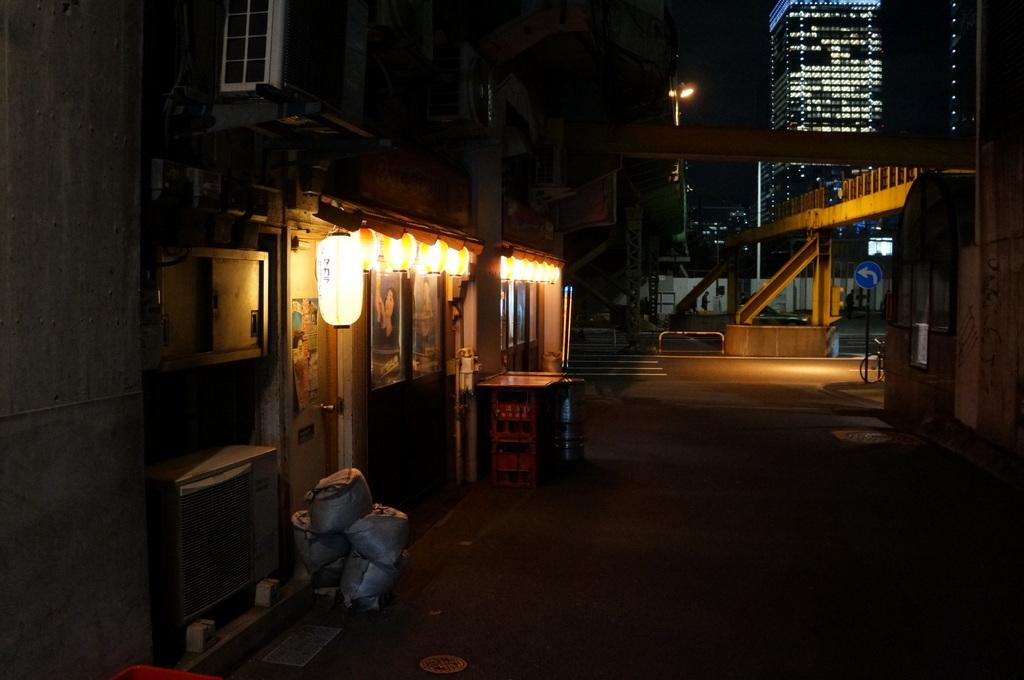 昼は谷根千、夜は有楽町から飯田橋etc. 11/1_c0180686_19314388.jpg