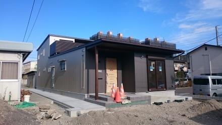 『町屋のような二世帯住宅』が間もなく完成_e0197748_23312373.jpg