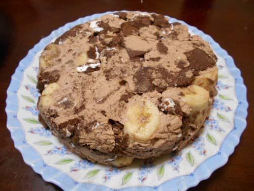 市販ロールケーキで簡単チョコバナナケーキ_f0019498_12141017.jpg