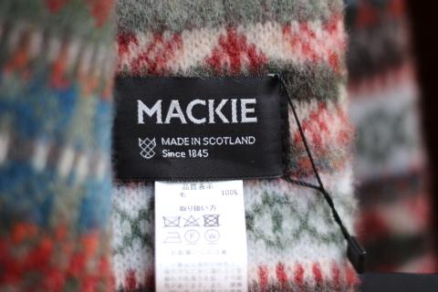 """スコットランドの伝統技法で作られた「ROBERT MACKIE」\""""BRUSHED FAIRISLE SCARF\"""" ご紹介_f0191324_08184958.jpg"""
