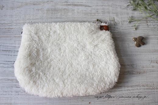 台湾客家花布『冬のくびれポーチ』二つ目はパープルとファーでホッコリ♪_f0023333_22252990.jpg
