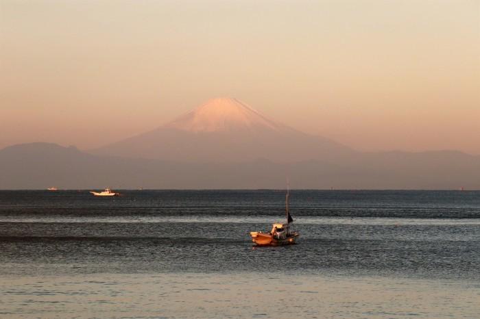 夕陽を見に 秋谷海岸へ (2)_d0150720_10232585.jpg