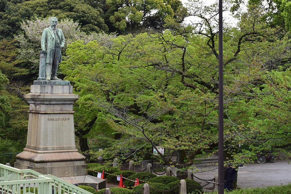 江戸城を歩く。 その9 「九段坂公園~靖国神社」_e0158128_16530448.jpg