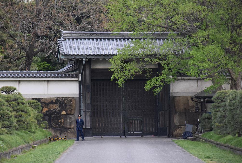 江戸城を歩く。 その10 「半蔵濠~半蔵門~桜田濠」_e0158128_18303586.jpg