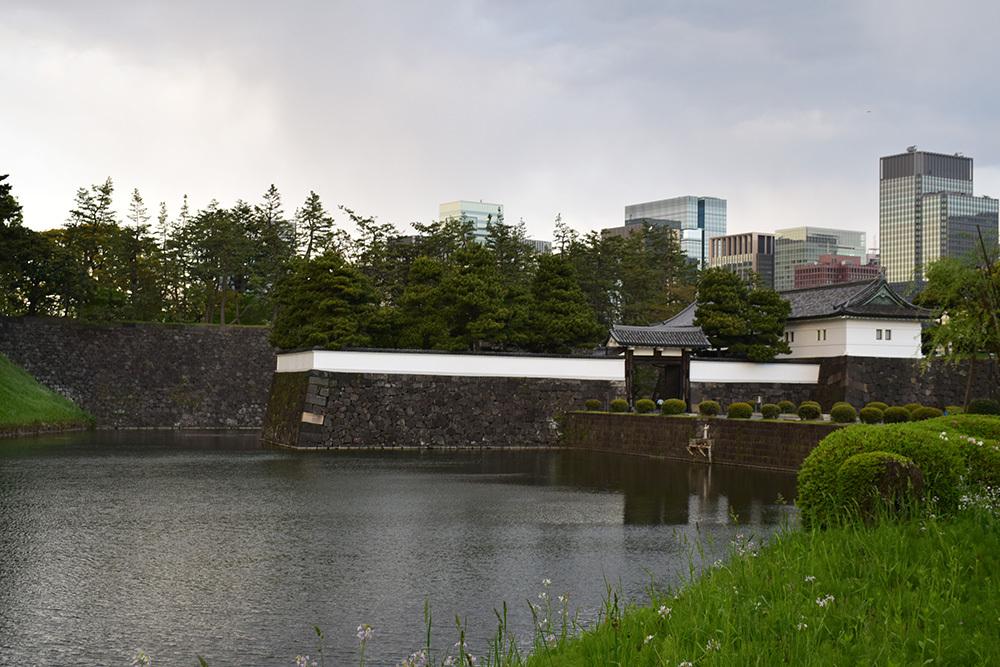 江戸城を歩く。 その10 「半蔵濠~半蔵門~桜田濠」_e0158128_18411451.jpg
