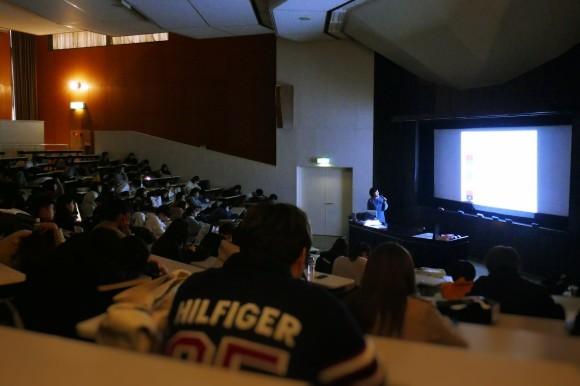 大阪学院大学でカラーの講義をしました。_d0116430_23453998.jpg