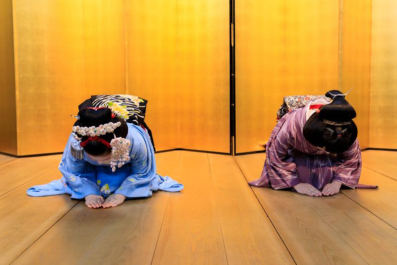 祇園小唄(祇園甲部 豆六さん、小衿さん)_f0155048_231097.jpg