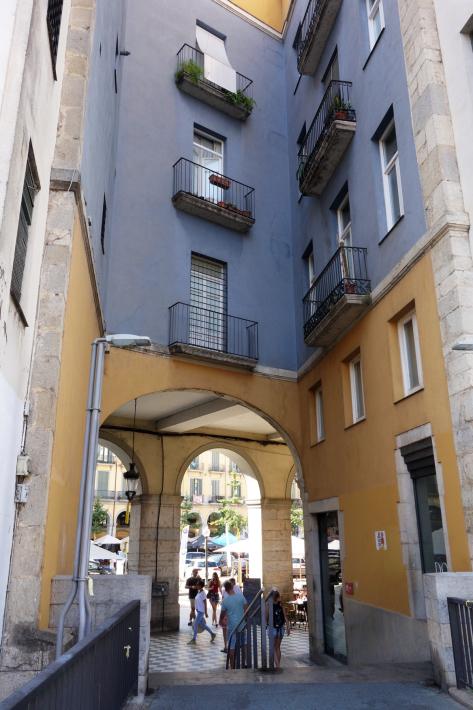 ジローナのカテドラル Cathedral of Girona サン・フェリウ教会 Basilica of Sant Feliu カタルーニャ地方 スペイン 2018年9月 バルセロナの旅(8)_f0117059_12480317.jpg