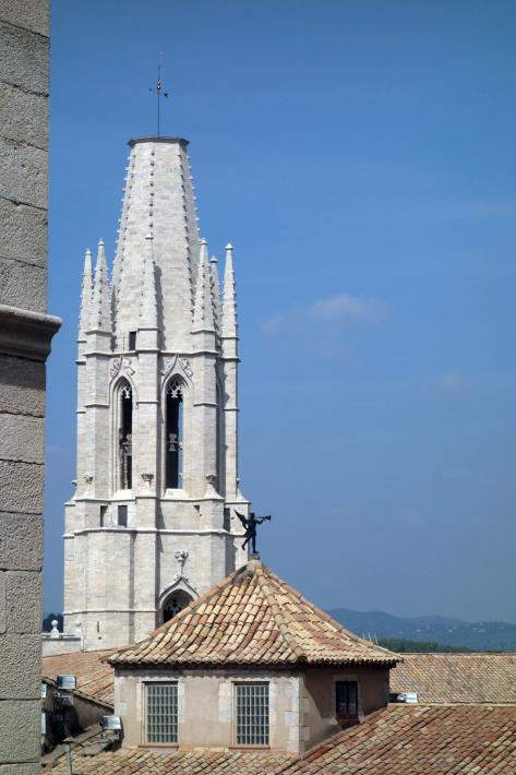ジローナのカテドラル Cathedral of Girona サン・フェリウ教会 Basilica of Sant Feliu カタルーニャ地方 スペイン 2018年9月 バルセロナの旅(8)_f0117059_12482871.jpg
