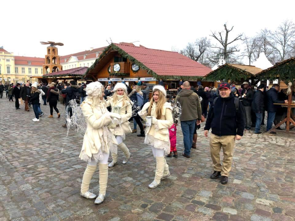 今年初めてのクリスマスマークト_c0180686_17431681.jpg