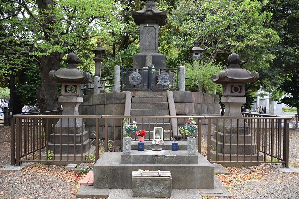 上野戦争に散った彰義隊の墓_e0158128_14092901.jpg