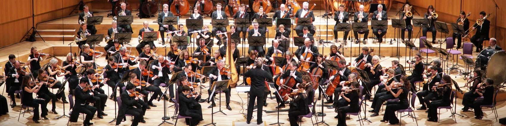 世界のオーケストラ/第35回 <ハレ管弦楽団> イギリス最古のオーケストラ_d0170835_22345912.jpg