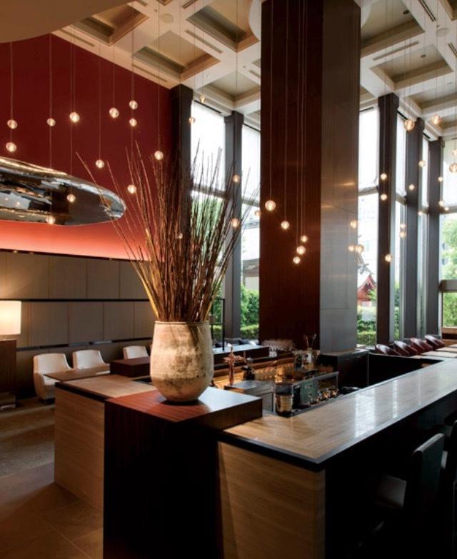 Hotel Lounge @博多  夜はラグジュアリー空間で乾杯♪_a0165160_14162480.jpg