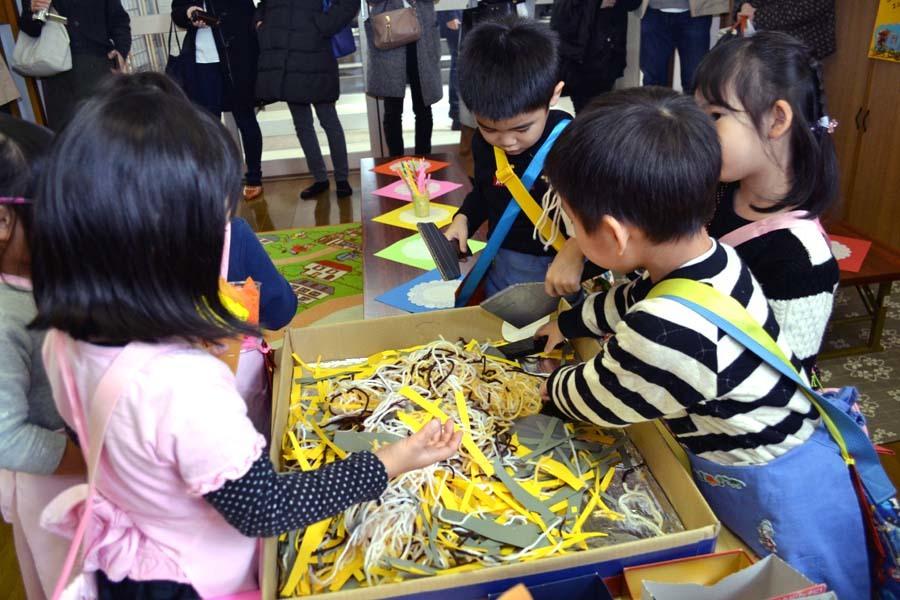 今日は第一幼稚園の「ごっこ遊び」でした_d0353789_14594209.jpg