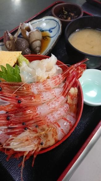漁火 【海鮮丼】_d0235898_09371754.jpg
