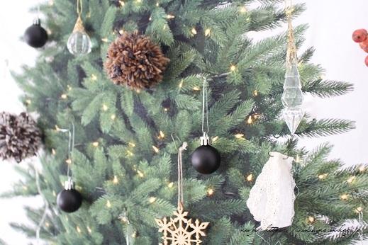 2018クリスマスは『手作りのウォールツリー』をリビングインテリアに♪_f0023333_20563137.jpg