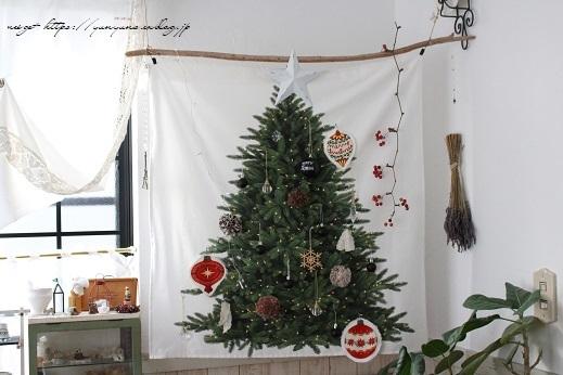2018クリスマスは『手作りのウォールツリー』をリビングインテリアに♪_f0023333_20564585.jpg