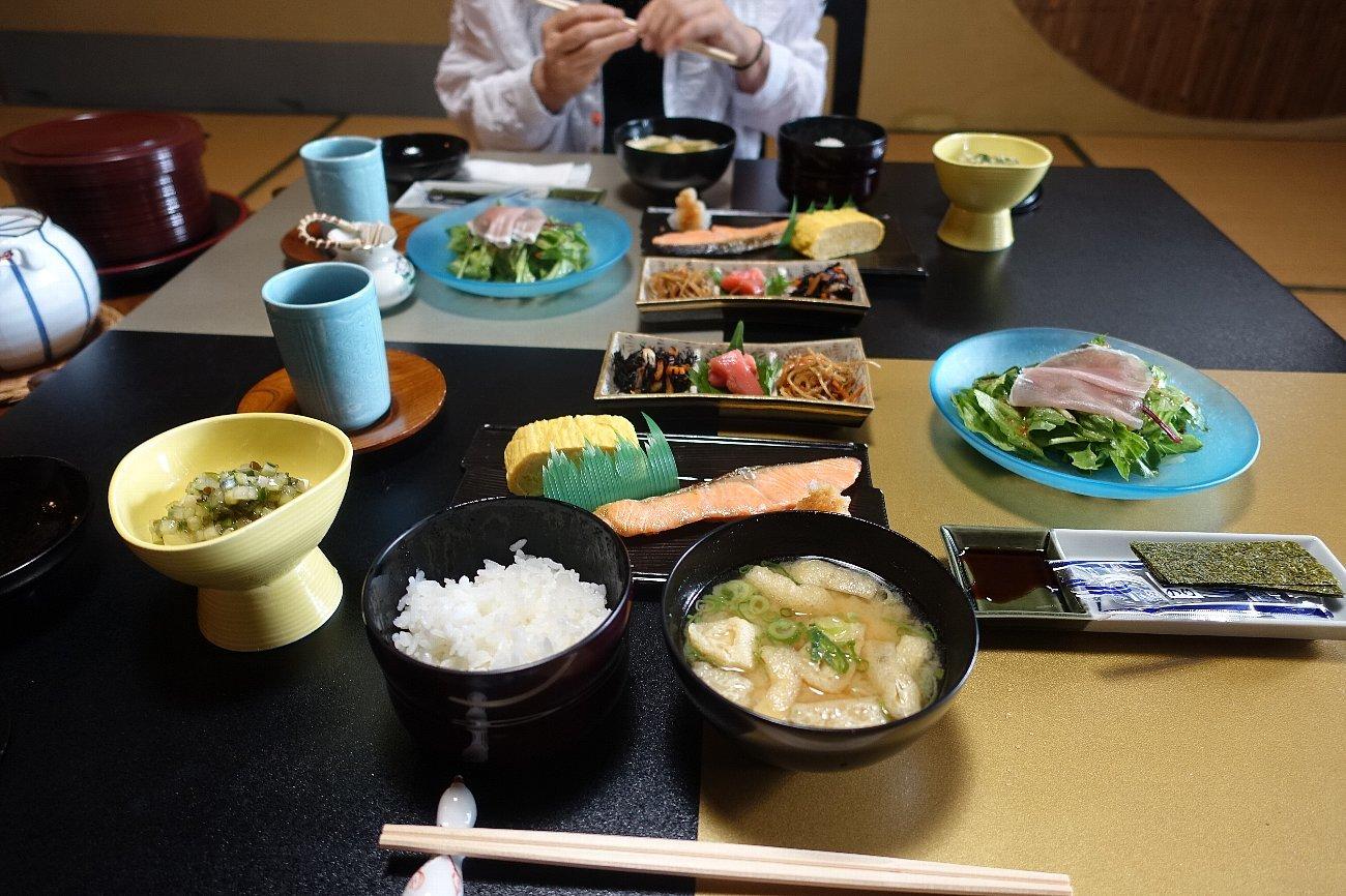 養老公園 料理旅館 千歳楼(その3)_c0112559_09371209.jpg