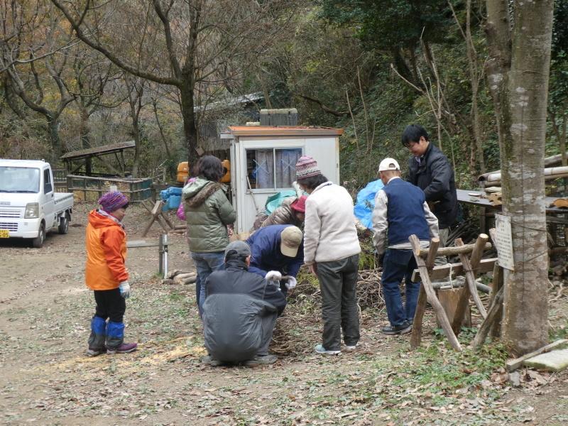 きのくに子どもNPO「孝子の森でネイチャークラフト」_c0108460_20395443.jpg