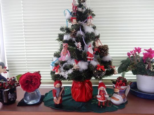 '18,12,9(日)朝散歩とポストとクリスマスツリー!_f0060461_11134345.jpg