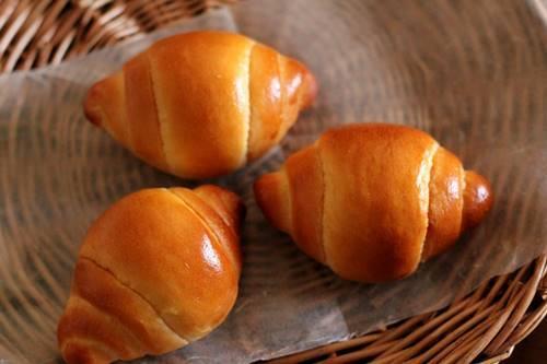 パン教室で「バターロール、ウインナーロール、ツナオニオン」卵について。_a0165538_10005349.jpg