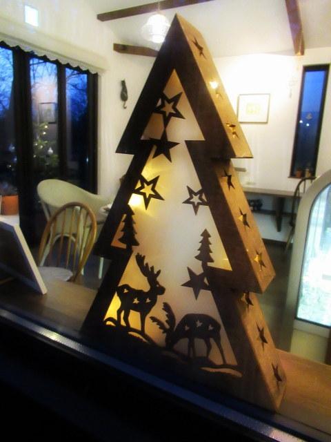 Cafe Patra/カフェ・パトラ * 12月・ドライフルーツとキウイのパフェ♪_f0236260_01094983.jpg