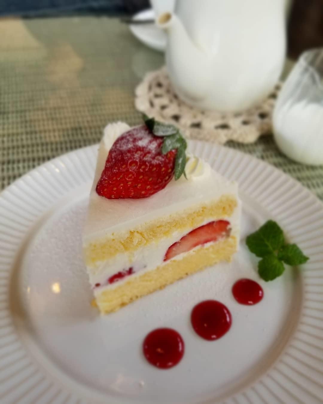 Cafe Patra/カフェ・パトラ * 12月・ドライフルーツとキウイのパフェ♪_f0236260_01154723.jpg
