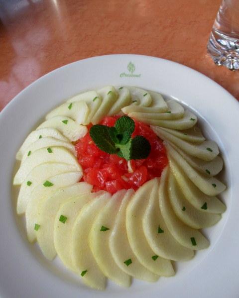 Cafe Dining CRESCENT-クレッセント- * 信州産ラ・フランスの冷製カペリーニ_f0236260_18382074.jpg