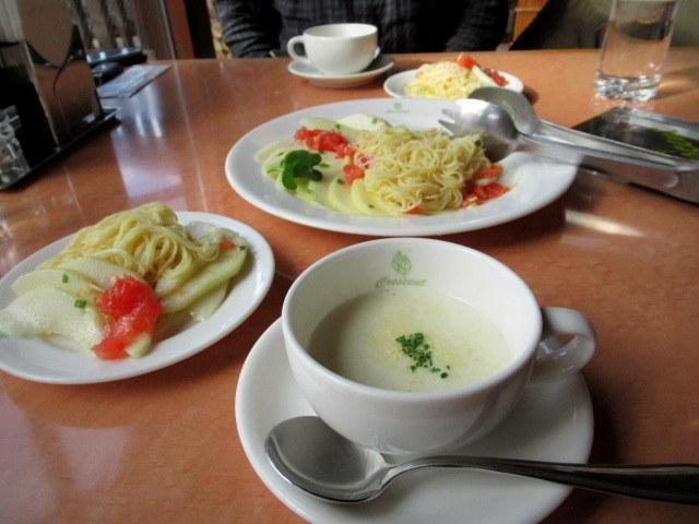 Cafe Dining CRESCENT-クレッセント- * 信州産ラ・フランスの冷製カペリーニ_f0236260_18390640.jpg