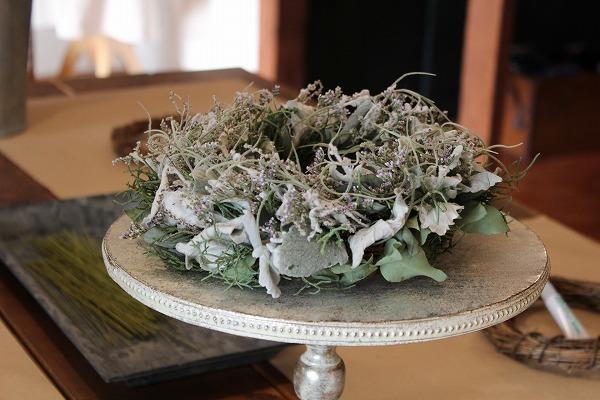 第16回 にのはこ時間 『シルバーリーフを集めた冬の white wreath 』joie.m_f0162302_21294340.jpg