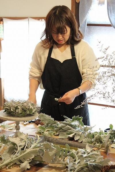 第16回 にのはこ時間 『シルバーリーフを集めた冬の white wreath 』joie.m_f0162302_21294699.jpg
