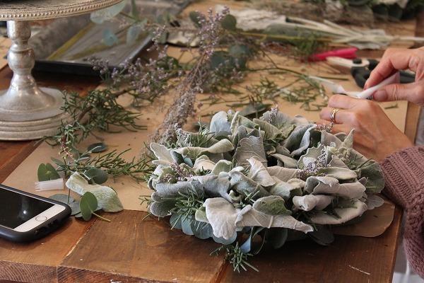 第16回 にのはこ時間 『シルバーリーフを集めた冬の white wreath 』joie.m_f0162302_21303295.jpg