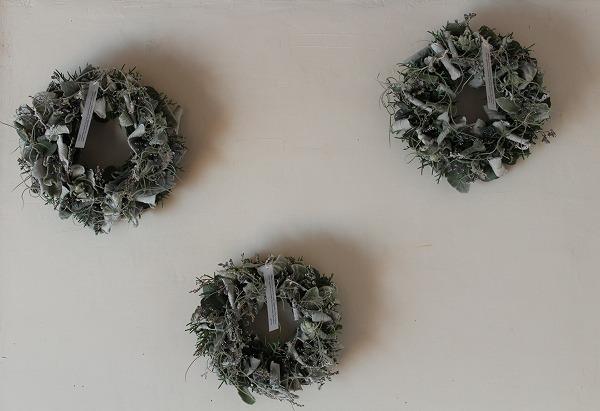 第16回 にのはこ時間 『シルバーリーフを集めた冬の white wreath 』joie.m_f0162302_21303546.jpg