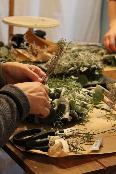 第16回 にのはこ時間 『シルバーリーフを集めた冬の white wreath 』joie.m_f0162302_21305062.jpg