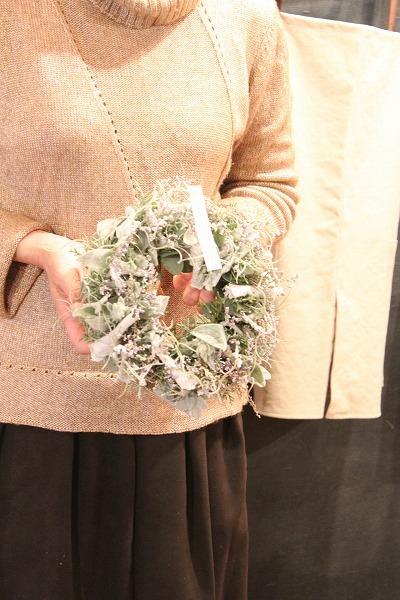 第16回 にのはこ時間 『シルバーリーフを集めた冬の white wreath 』joie.m_f0162302_21305913.jpg