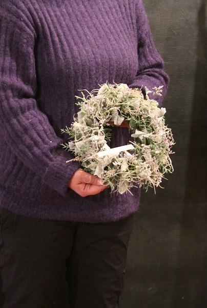 第16回 にのはこ時間 『シルバーリーフを集めた冬の white wreath 』joie.m_f0162302_21310467.jpg
