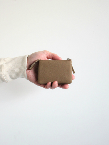 ERA. イーラ BUBBLE CALF UTILITY WALLET SMALL_b0139281_18283096.jpg