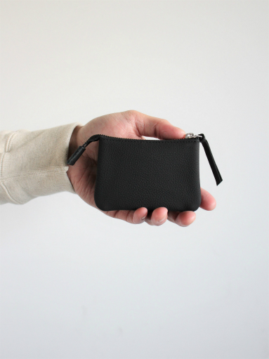ERA. イーラ BUBBLE CALF UTILITY WALLET SMALL_b0139281_1830133.jpg